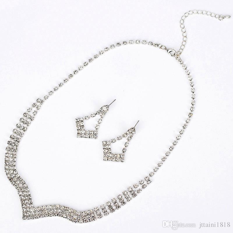 فضية اللون مجوهرات كريستال القلائد أقراط مجموعات حجر الراين مجموعات مجوهرات الزفاف للعرائس النساء مجموعة اكسسوارات بالجملة