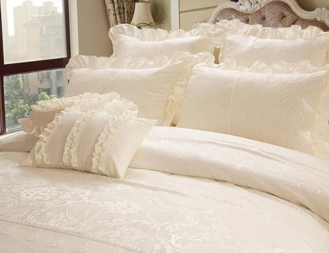 Korean princess Embroidery lace milk pure white wedding Satin Jacquard bedspread bedding sets pillowcase, bed skirt Duvet Cover