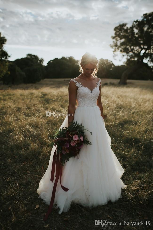 2017 New Cheap Country Style Wedding Dresses Scoop Neck Illusion Vintage Lace Appliques A-line Plus Size Open Back Bridal Gowns Sweep Train