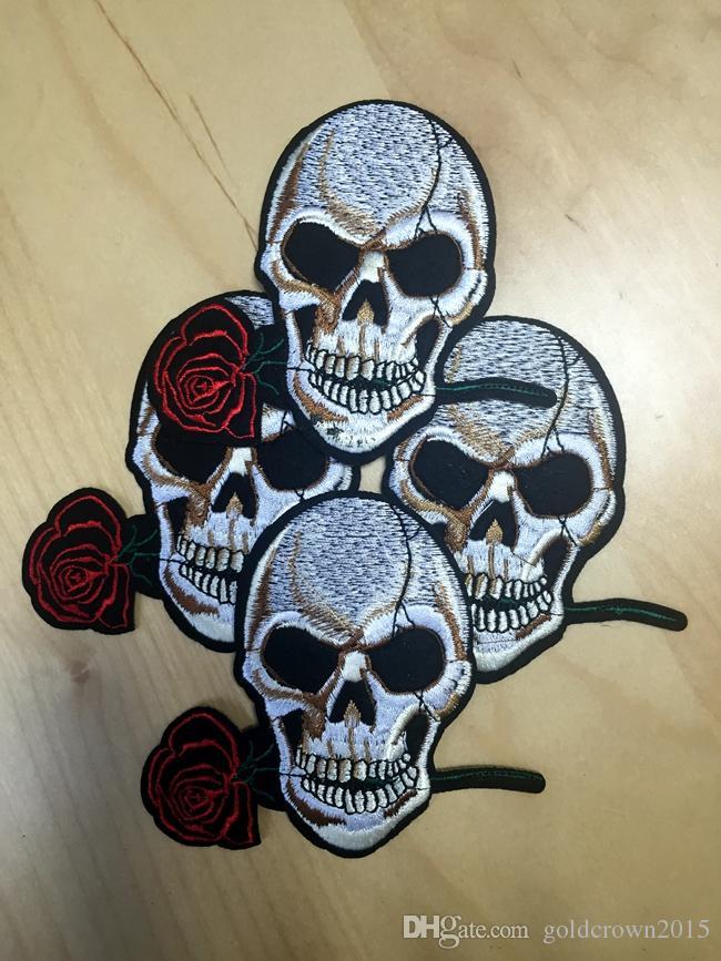 3.9 인치 로즈 두개골 자수 패치 철 패치 천으로 만든 두개골과 뼈 펑크 아플리케 패치 GPS-010에 바느질