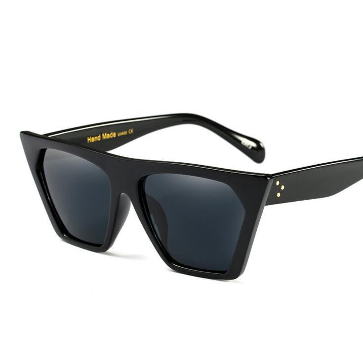 a514e9a57c1 Fashion Sunglasses Women Popular Brand Designer Luxury Sunglasses Lady  Summer Style Sun Glasses Female Rivet Shades