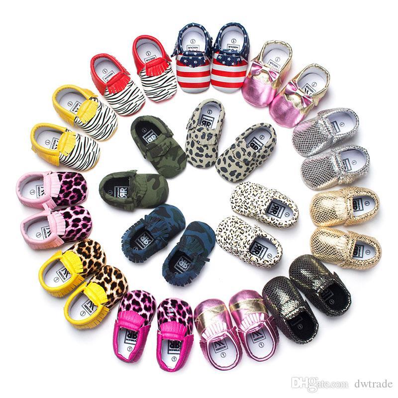 جلد الطفل الأخفاف الطفل moccs الفتيات القوس moccs 100٪ أعلى طبقة لينة الجلود moccs الجوارب الطفل حذاء طفل