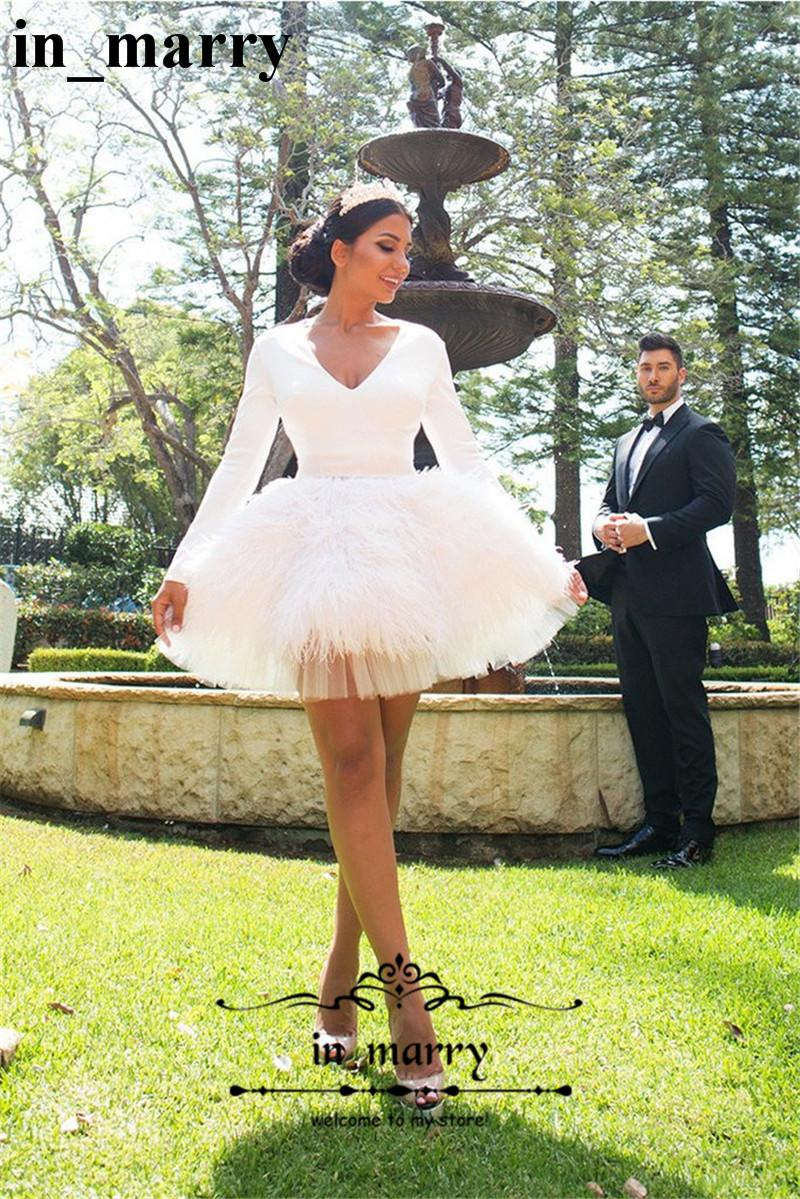 Luxury Ostrich Feather White Short Wedding Dresses 2017 Ball Gown V Neck Long Sleeve Mini Length Country Beach Bridal Gowns Vestido De Novia Huge