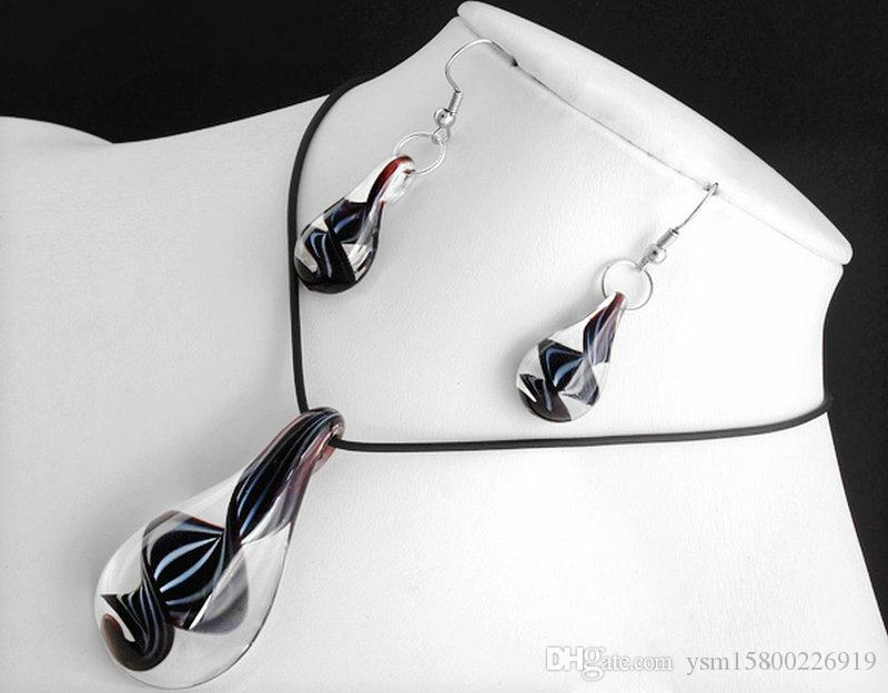 Black Lampwork Glass Murano Pendant Necklace Earrings FASHION Act the role ofing is tasted necklace earrings suit