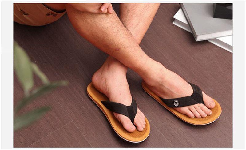 Summer Men's Flip Flops Soft Massage Mens Flip Flops Beach Slippers Sandals Casual Sapatos masculino Shoes High Quality SLM508