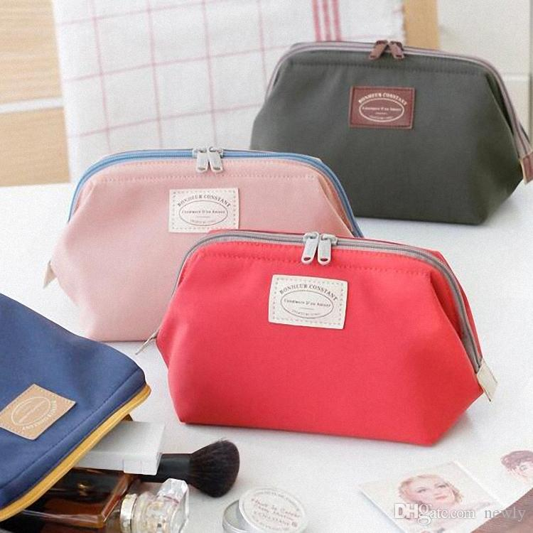 Large Capacity nylon make up Case travel simplicity Big Zipper toiletry Bag Cosmetic bag
