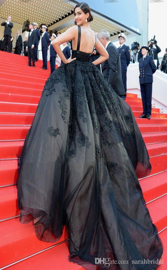 Schwarz A-Linie Vintage Elegant Promi Landkleid Backless Gefrieste Pailletten Runway 2019 schwangere bescheidene Kleider Abendkleider Zug