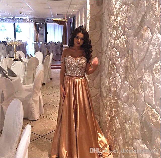 Abiti da sera con paillettes oro 2019 Lunghe maniche con scollo a giro in rilievo 2 pezzi abiti da ballo abiti da cerimonia plus size abiti da festa