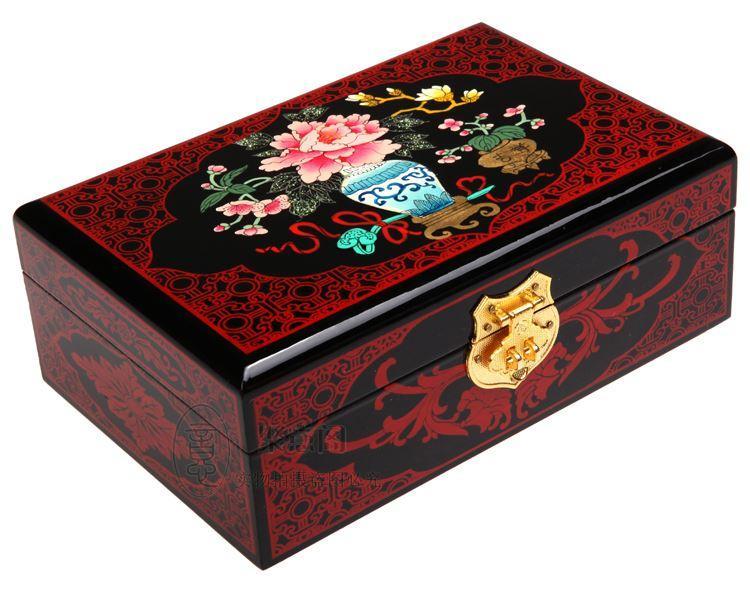 Pingyao pushing lacquer ware, wooden jewelry box, European Princess dressing box, make-up bride, dowry, wedding gift