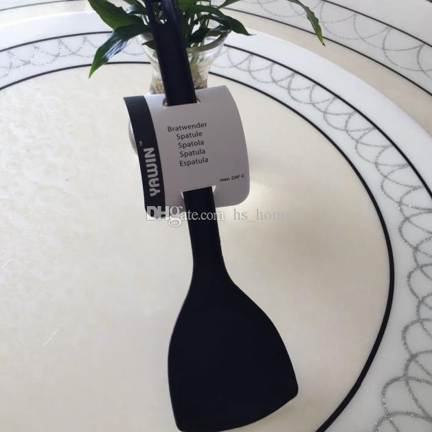 Yüksek Kalite Amerika Birleşik Devletleri FDA Belgelendirme Standart Silikon Spatula 600F Isıya Dayanıklı Esnek Silikon Turner Spatula Mutfak Aletleri.
