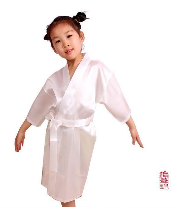 Niños de la manera de la muchacha de la flor del banquete de boda Robes Satén camisón de seda con monograma de los niños Albornoz Junior Bridesmaid Novias Kimono