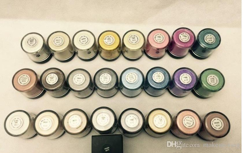 Le prix le plus bas! HOT Make up 7.5g pigment Ombre à paupières / Ombre à paupières Avec Couleurs Anglais Nom Mélanger 24 couleur