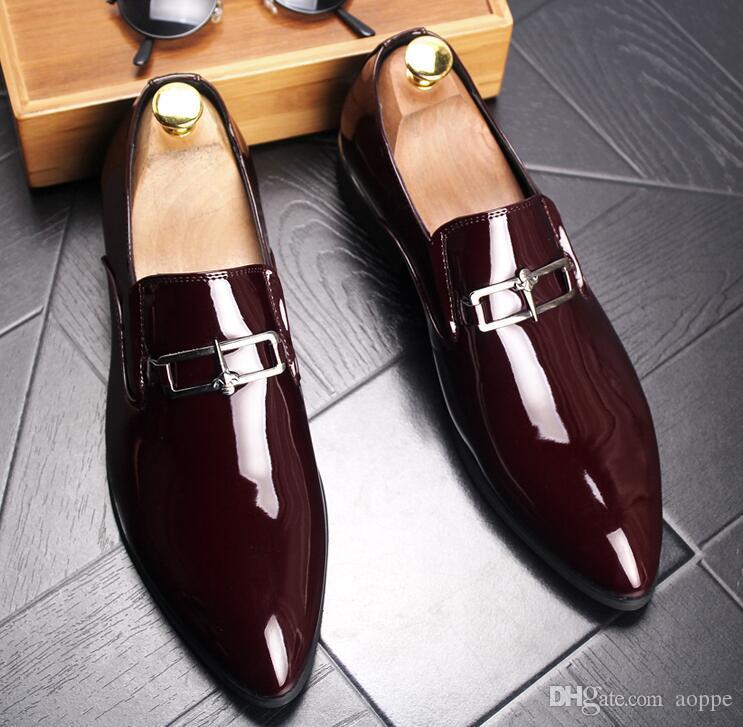 Новая тенденция блестящие мужские туфли Заклепки Свадебные туфли Досуг обувь Большой размер: 38 - 45 Бесплатная доставка 438