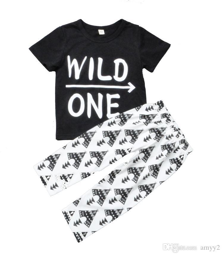 Wild one t-shirt + ensemble de pantalons / leggings tipi / ensemble d'été garçon 2017 / motif imprimé flèche