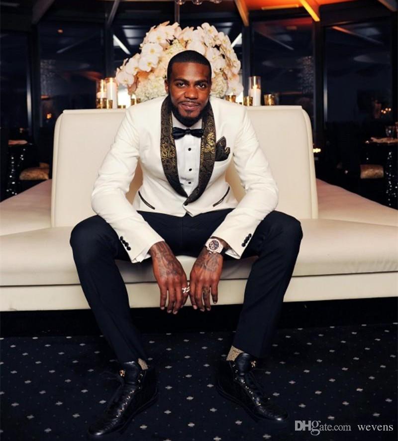 وسيم الزفاف الأبيض البدلات الرسمية صالح سليم الذهب الدعاوى نمط Laple للرجال رخيصة زر واحد العريس البدلة فقط سترة والمنديل