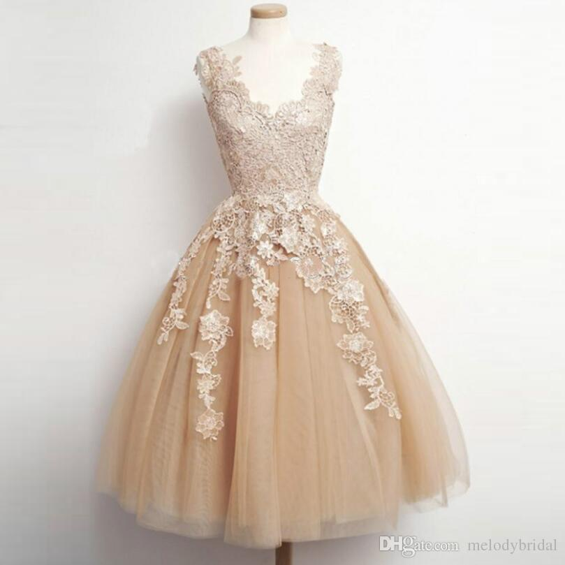 a3b1ee76953 V Neck Lace Prom Dress Tulle Skirt Tea Length Prom Gowns Sleeveless 2017  Champagne Prom Dresses Vestidos De Renda Cocktail Dresses Cocktail Dress  Attire ...