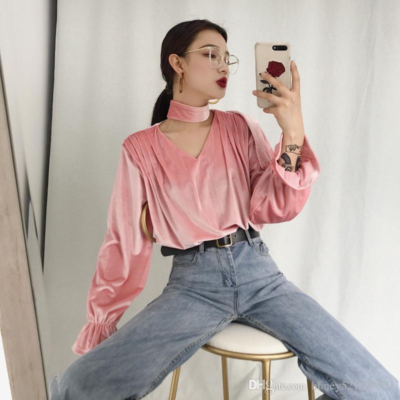 Sonbahar yeni moda kadın Retro yular boyun v- boyun oymak parlama kol kadife gevşek gömlek üstleri pembe siyah kahverengi 3 renk