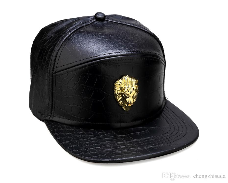 Metal Altın Aslan Kafası Logosu PU Deri Beyzbol Şapkası Rahat Unisex Kemer Toka Hip Hop Rap 3 Panel Güneş Snapback Şapka Erkekler Kadınlar