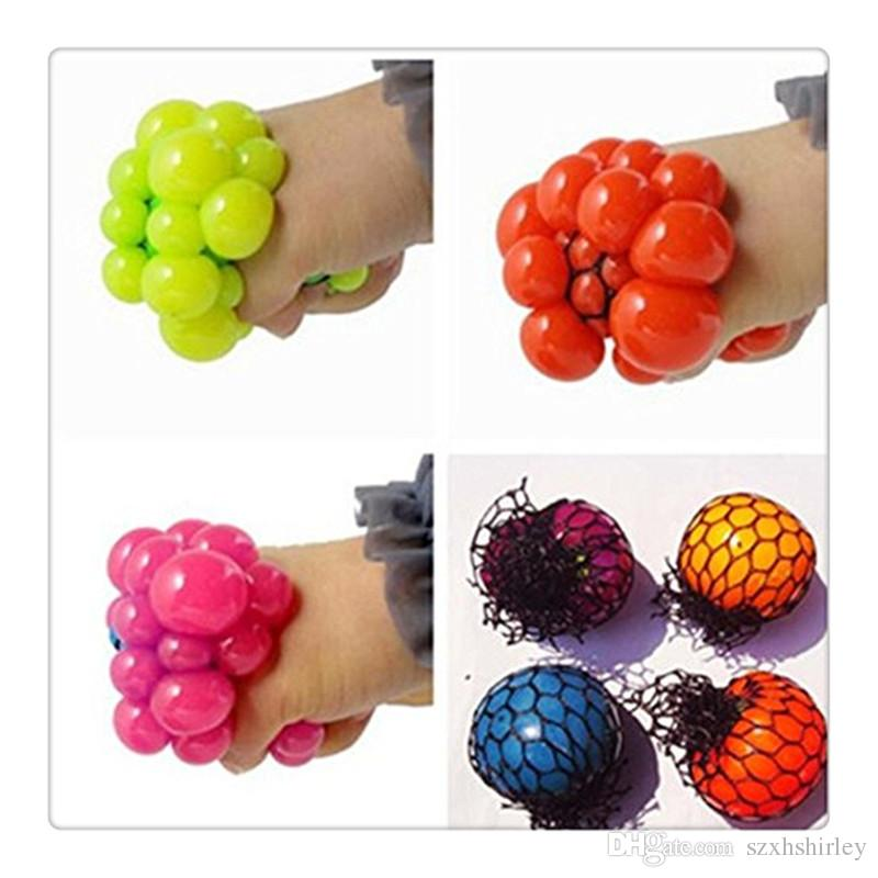 2017Fidget Toy Anti Stress Reliever Grape Ball Autism Moody Squeeze Relief Healthy Toy Funny Geek Gadget Vent Toy Color Random
