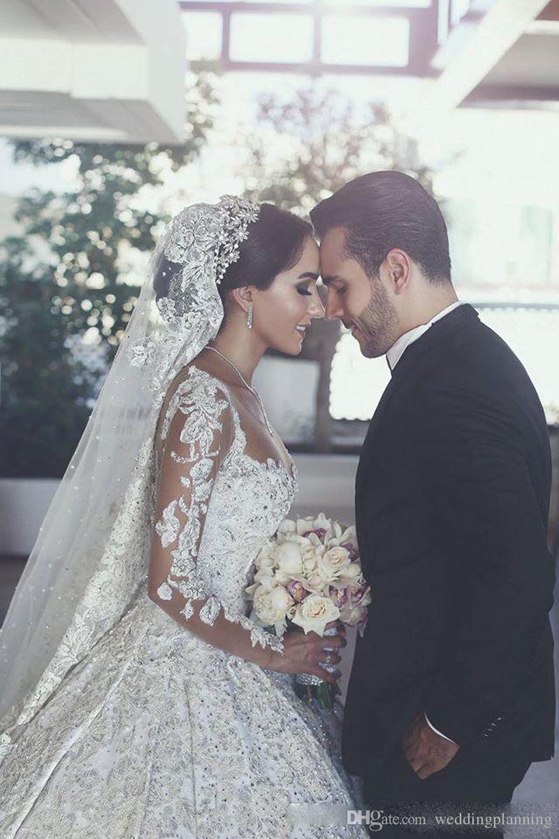 2018 retro sheer neck ilusão mangas compridas vestidos de casamento com apliques de renda frisada árabe noiva vestidos de casamento