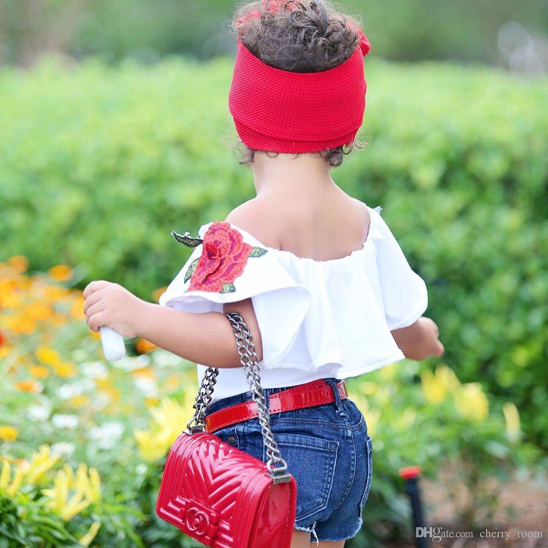 Baby shirts 2017 Neue Blume Stickerei Liebsten Weiße Mädchen T-shirts Sommer Rüschen Kinder T-shirt Mode Kinder Tops C1479
