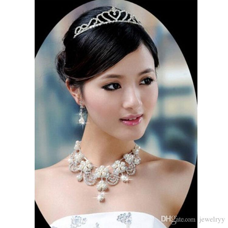 Luxury Pearl Crystal Flower Pendant Necklace & Earrings Bridal Wedding Jewelry Set Rhinestone Pearl Necklace Earring Set for Bridesmaid