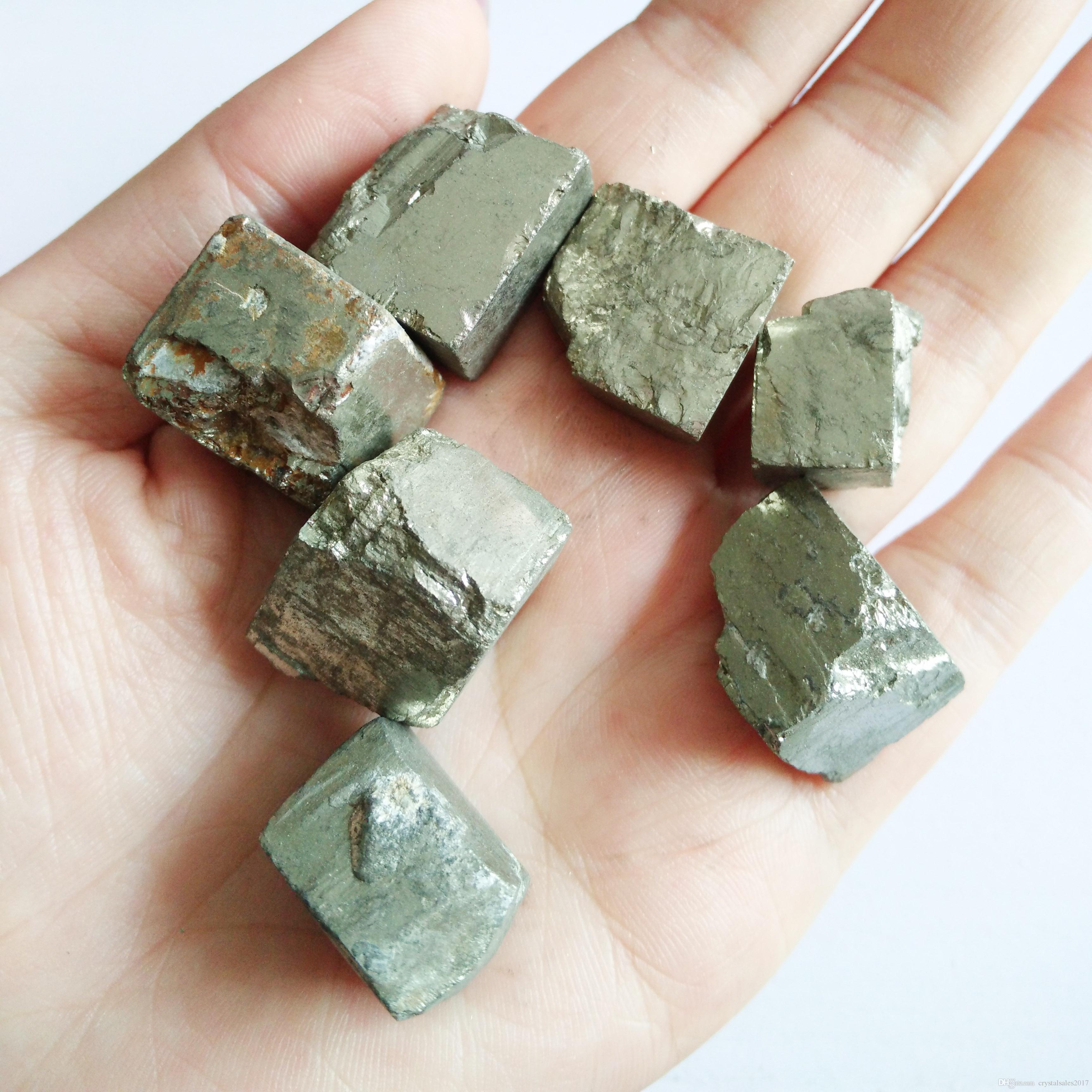 Naturale bella bella calcopirite cubo di pietra di cristallo guarigione di cristallo minerale in vendita è caduto pietre s campione del cubo