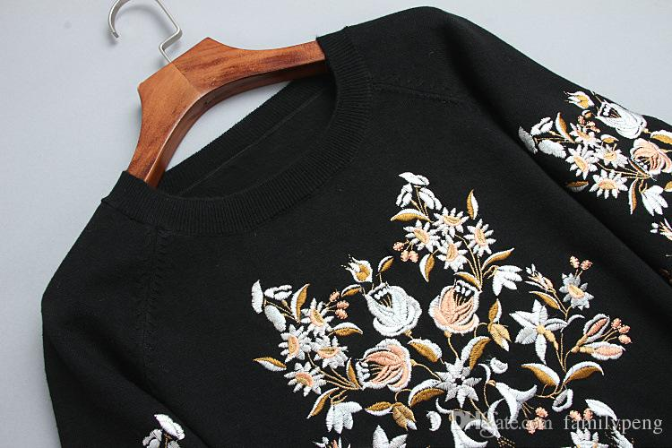 2017 Autumn/ winter Black Runway Knitted Sweater Flower Embroidery Brand Same Style Long Sleeves Women pollover Jersey de pista
