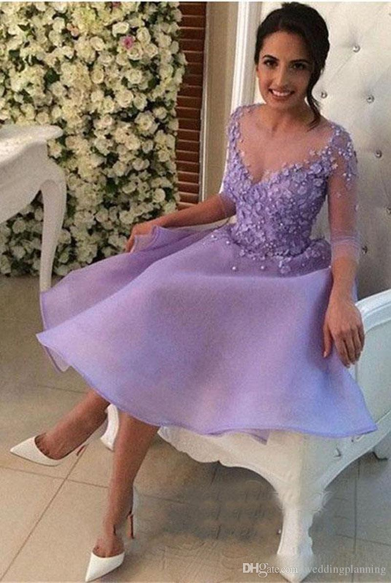 2018 lilas courte genou longueur robes de soirée joyau une pure encolure elette anniversaire robe de cocktail avec bouton appliquée arrière recouvert