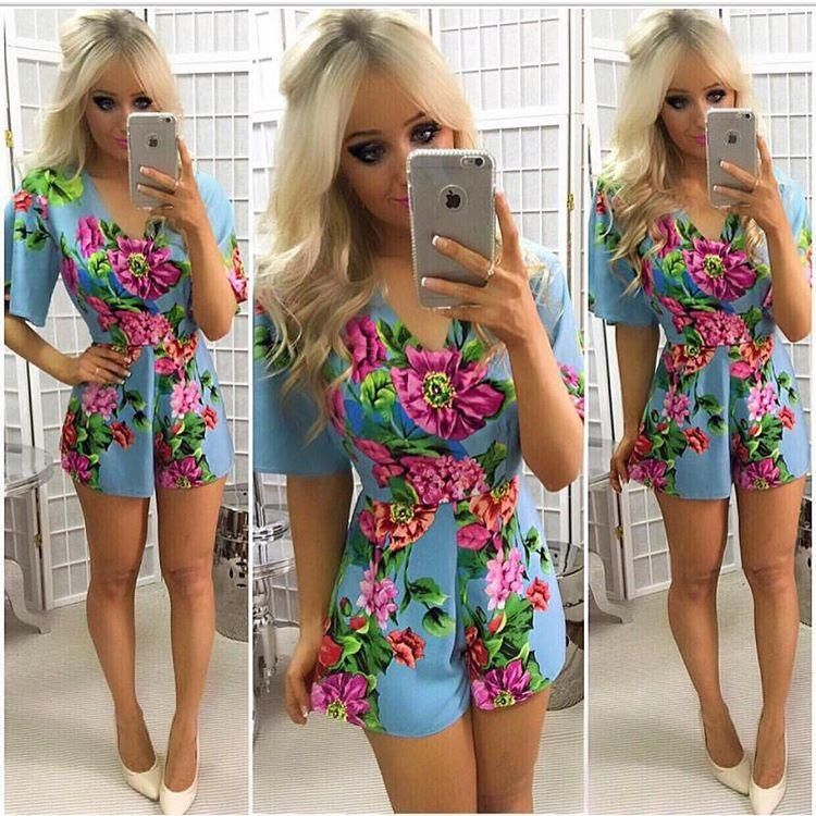 ee203bef0c 2019 Women Casual Floral Rompers Lady Boho Style V Neck 1 2 Sleeve Slim  Beach Holiday Short Jumpsuit From Hengytrade