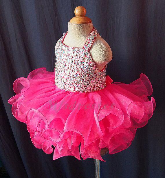 2017 lindo Scoop corto fucsia Girls desfile de vestidos de niña de las flores vestido de la magdalena para el bebé de la muchacha niñas vestidos de fiesta de cumpleaños