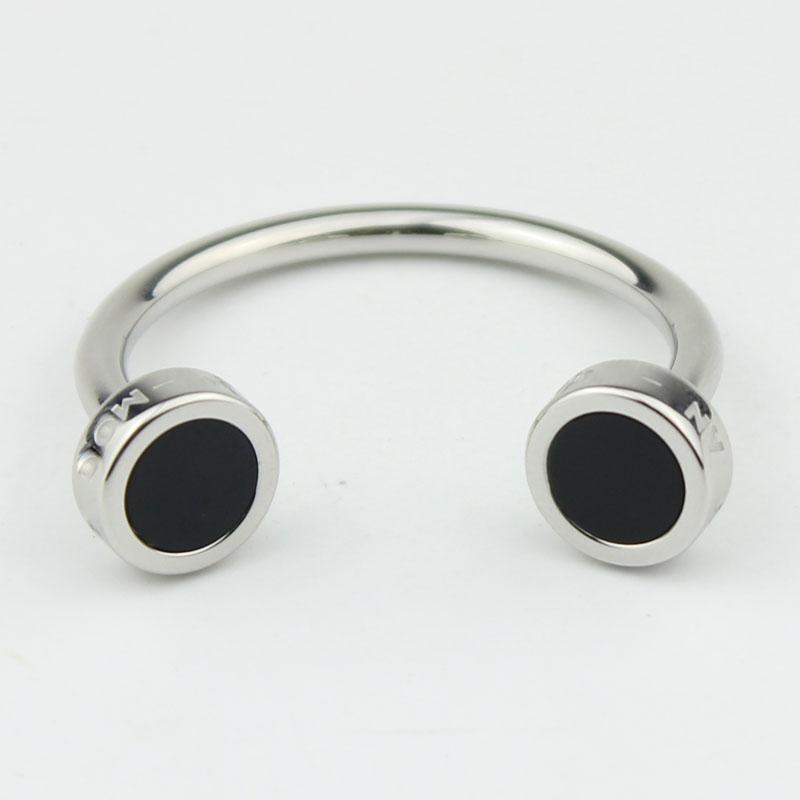 Luxury stainless steel line design keychain hot sale keyring for men
