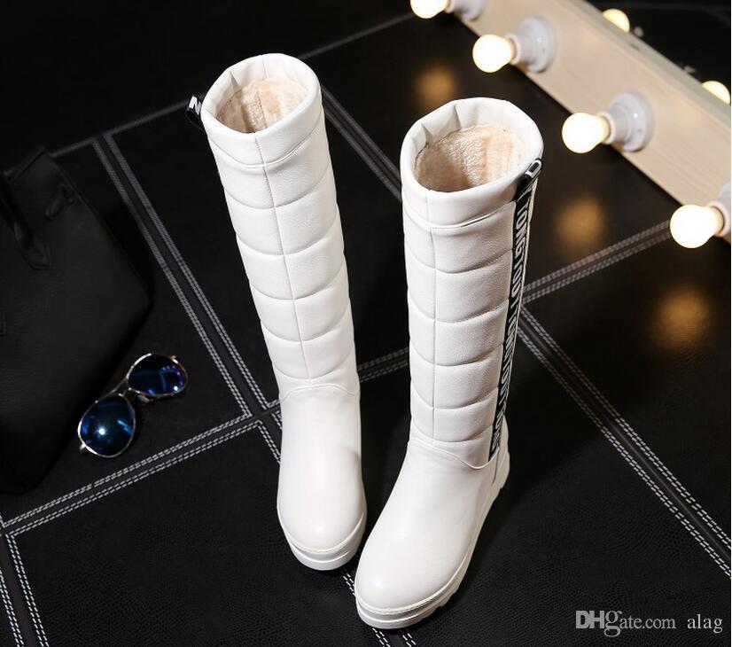 Sapatas Das Mulheres de inverno Joelho Botas Altas Elevador Feminino Plana Térmica De Neve De Veludo Botas de Plataforma de Algodão-acolchoado Sapatos Tamanho Grande 34-43 NMM5