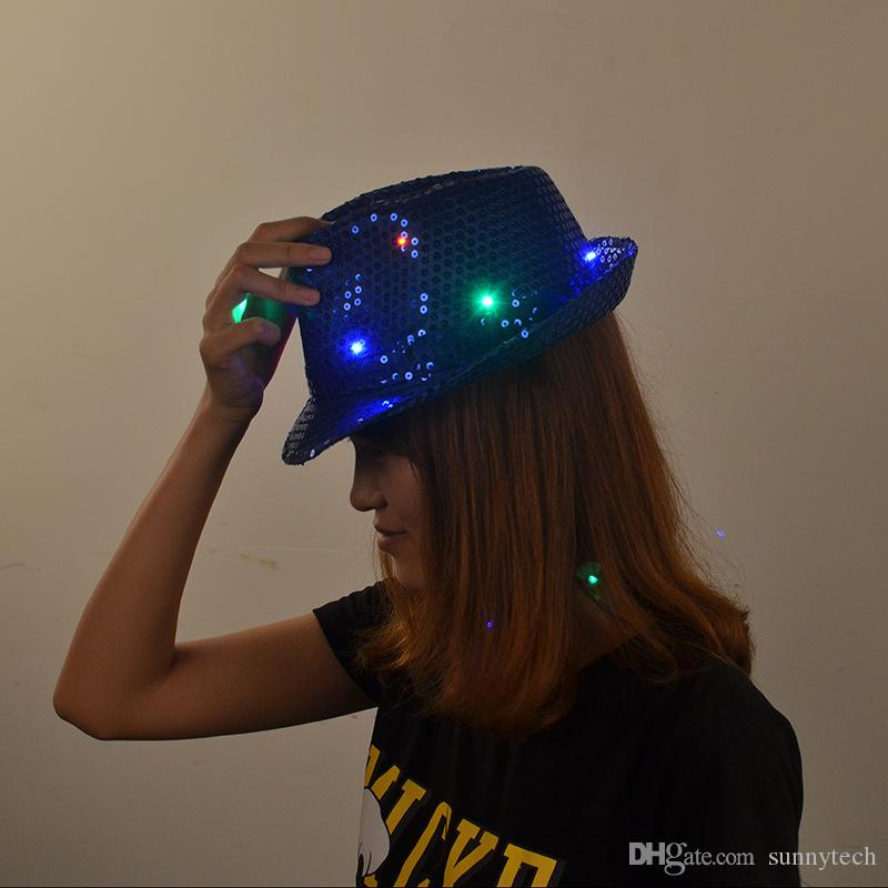 Led Flash Paillettes Cappello Adulti Bambini Hip-Hop Light Up Cappellino Jazz Cappelli Dance Club Evento Festa Compleanno Stage Esegui Puntelli ZA1560