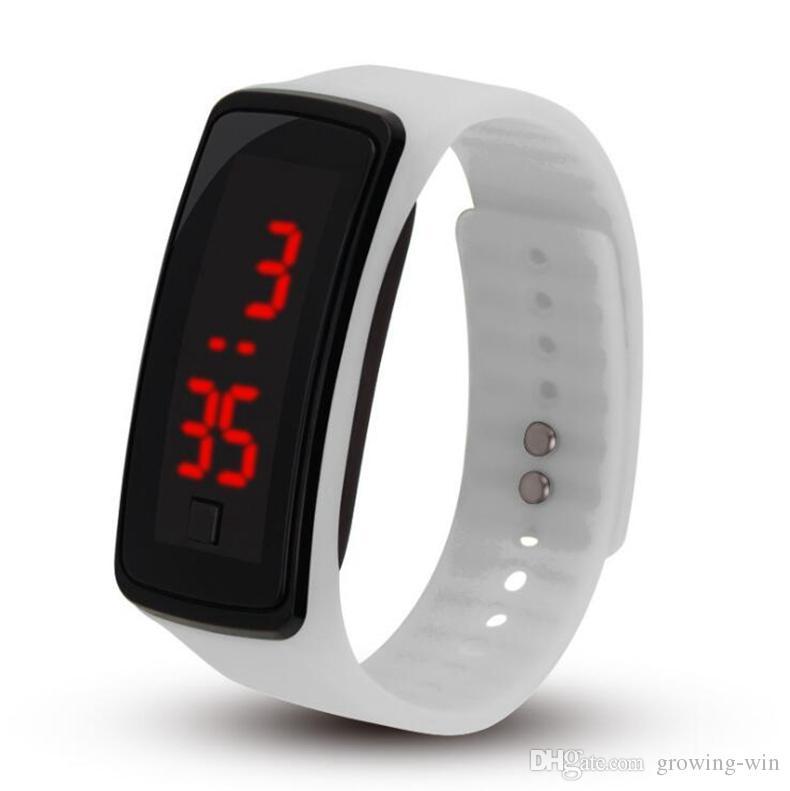 Il commercio all'ingrosso caldo di nuovo modo Sport LED guarda la gelatina degli uomini delle donne degli uomini di gomma del silicone Touch Screen Digital guarda il braccialetto Orologio da polso