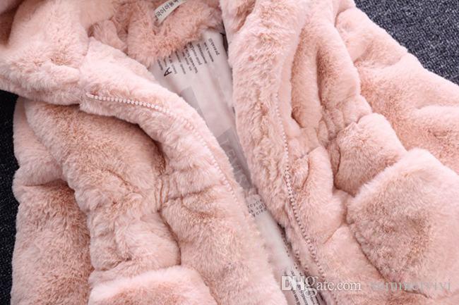 아이들은 모피 코트 겨울 새로운 여자 아기 귀여운 귀 후드 가짜 모피 코트 아이 양털 따뜻한 착실히 보내다 어린이 만화 코트 A00045을 두껍게 가짜