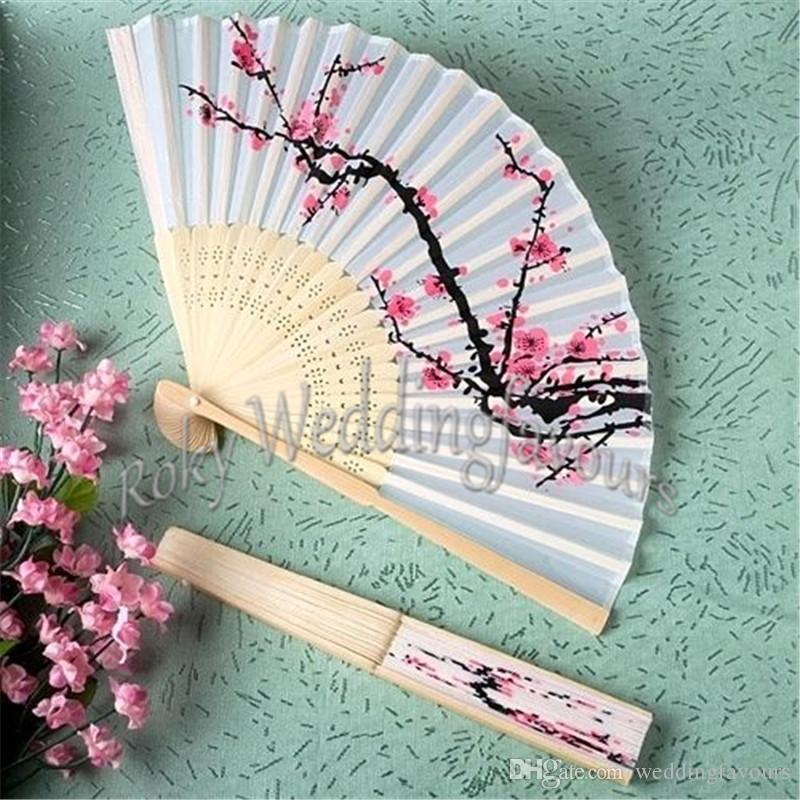 Free Shipping 100pcs Fancy Chinese Silk Bamboo Hand Held Folding Cherry Blossom Fan with Matching Tag Wedding Party Favors Home Supplies