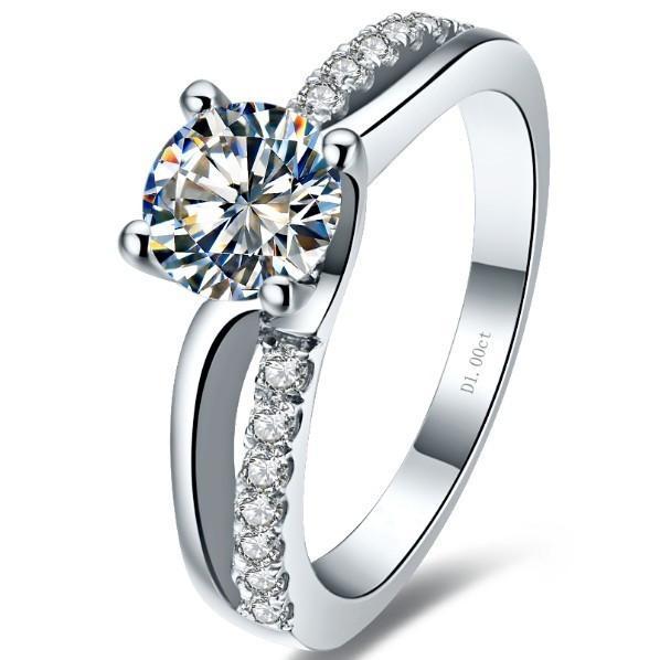 Anello da donna in argento sterling 925 con diamanti sintetici a taglio rotondo con diamanti taglio sciroppo da 1 ct