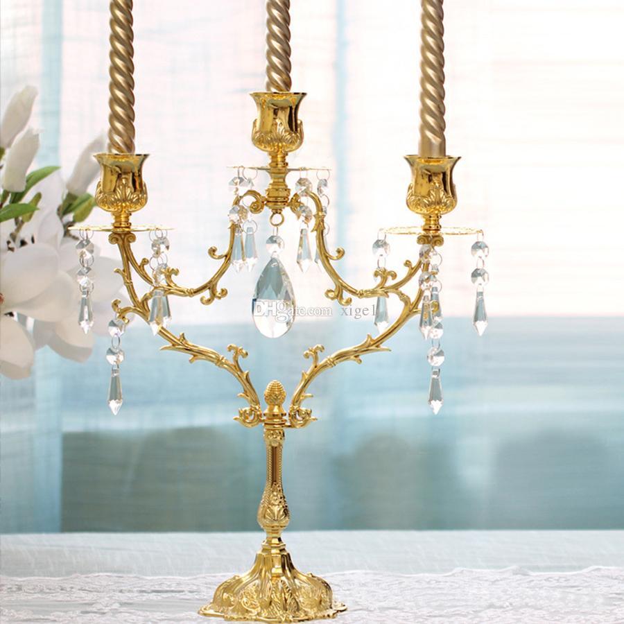 Estilo europeo, cena romántica a la luz de las velas candelabro / candelabros 5 luces candelabros en color dorado