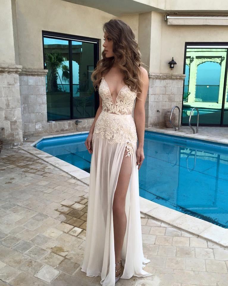 Boho 2016 Berta Bridal Gowns Long Open Back Beach Wedding Dresses Sexy Spaghetti Straps Deep V-Neck Lace A-line High Split Brides Dress
