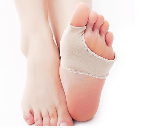 Große Toe Cyst Fußpflege Werkzeug Stretch Nylon Hallux Valgus Schutz Kissen Bunion Toes Separator