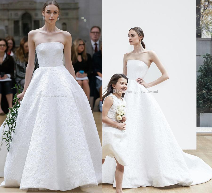 Embellished Bodice Strapless Wedding Gown: Simple Clean Ball Gown Wedding Dresses 2018 Oscar De La