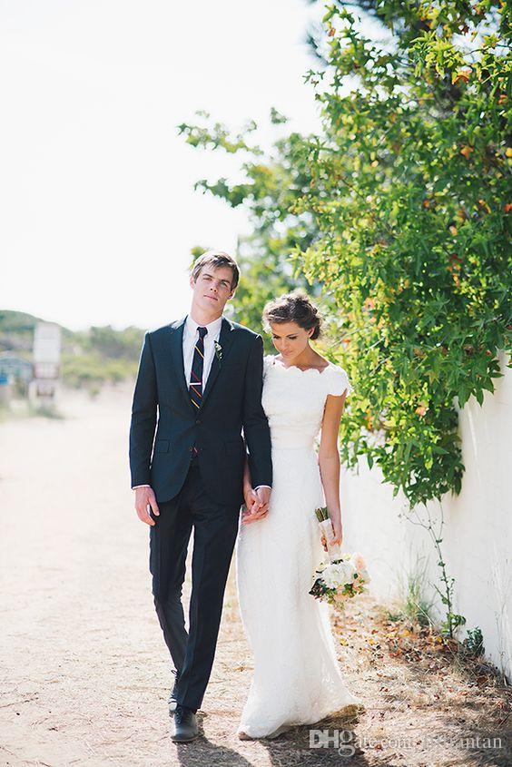 Abiti da sposa eleganti della spiaggia Una linea abiti da sposa in pizzo manica corta Paese Abiti da sposa Abiti da sposa