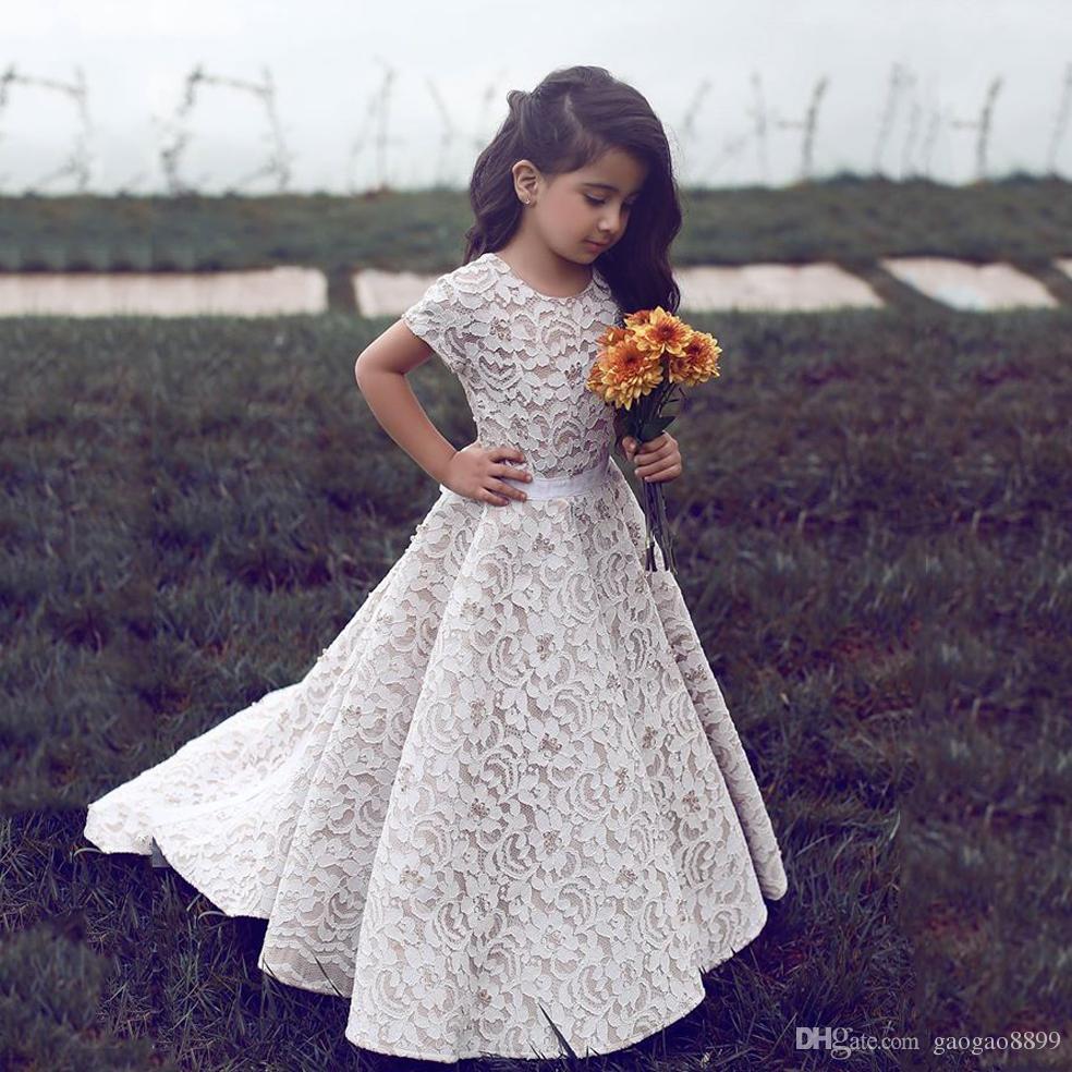 2019 rendas vintage comprimento total flor vestidos de meninas para casamentos com caixinha o pescoço manga curta bonito país boho meninas vestido de comunhão