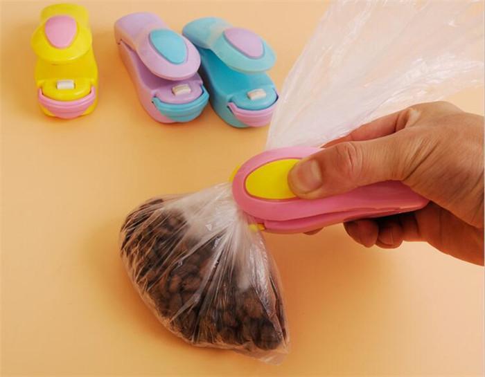 Taşınabilir Ev Şeker Renk Mini Bakır Plastik Torba Yapıştırma Makinesi Seramik Isıtma Kafası ev için Sızdırmazlık Klip
