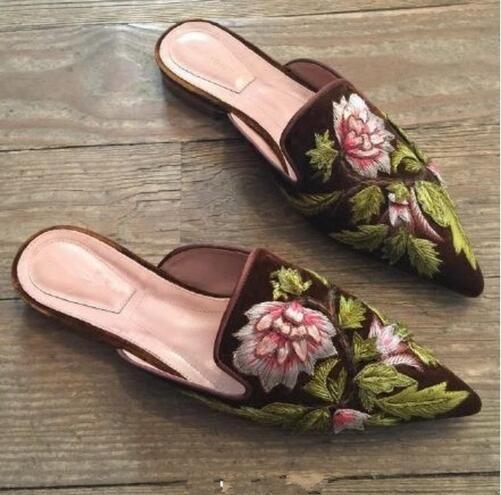 e1e60ffcefe1d LALA IKAI Embroider Velvet Mules Pointed Toe Women Flats Flower ...