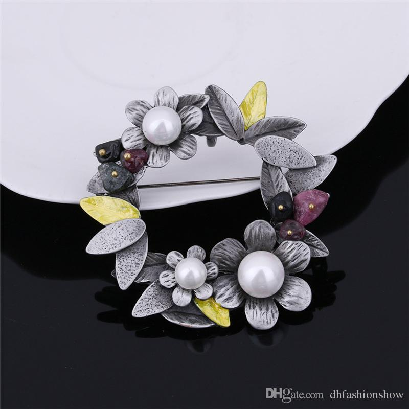Wholesale Antique Silver Plated Flower Brooches With Natural Stone Pearl Pins Brooch Pendant For Women Dress Accessories Scarves Buckle