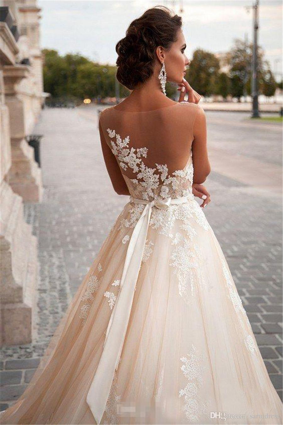 الوهم العنق الدانتيل اللؤلؤ مثير الظهر متواضعة زائد حجم أثواب الزفاف خمر ميلا نوفا الشمبانيا فساتين الزفاف الأميرة