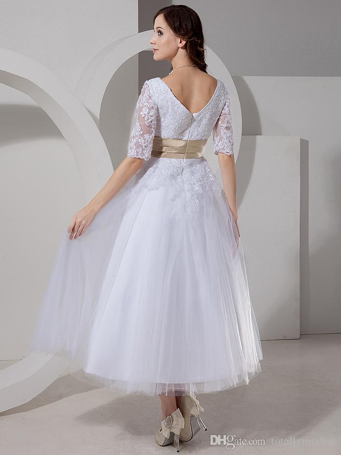 Vintage Tea Length Short Modest Wedding Dresses With Half Sleeves V Neck Appliques Tulle Bridal Gowns With Champagne Colored Belt