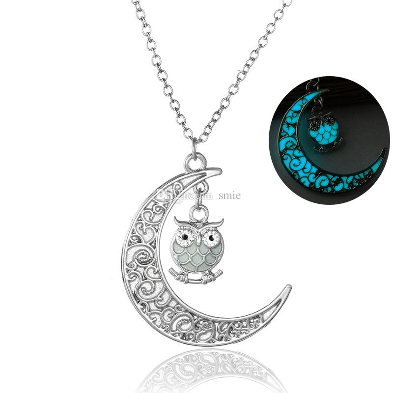 Vintage Hollow Out Moon Lovely Owl Light In The Dark Necklace Fashion Women Silver Plated Noctilucence Necklace NY366
